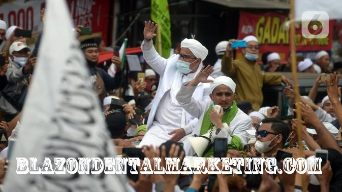 Dugaan Pencopotan Baliho Rizieq Shihab